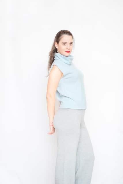 Cardigane si pulovere dama | Pulovere de dama Brasov | Tricotaje Brasov | Cardigane de dama | Haine dama | Pulovere si Hanorace Dama | Pulovere dama | Haine Dama - Imbracaminte Dama | Bluze dama | Poncho